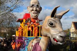 De Lamstralen lama zich met carnaval  helemaal gaan!