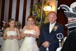 Hofmedewerker Louis trouwt zijn Marian