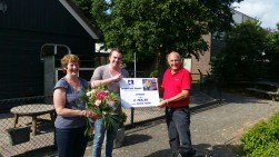 Nel en Frits Entius beloond met een mooi bedrag!