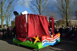 De Swaeghse Koeien nemen carnaval te grazen.